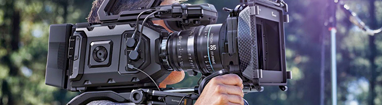 Is Blackmagic Already Better Than Canon? URSA Shoulder