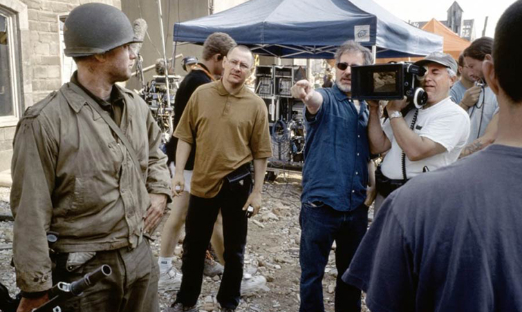 8 Cinematographers Behind Famous Directors: Kaminski on set