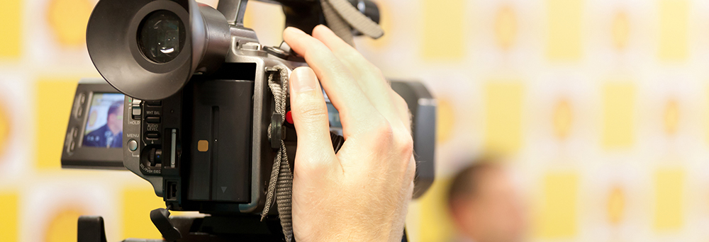 14 Tips for Shooting Live Stage Events: Video Camera Interview