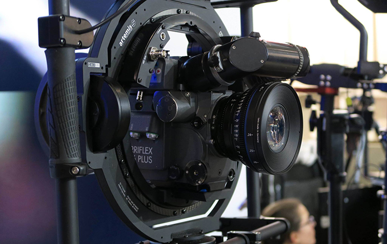 Amazing New Camera Rig: Artemis Combines a Gimbal and Stabilizer: Artemis Maxima Gimbal