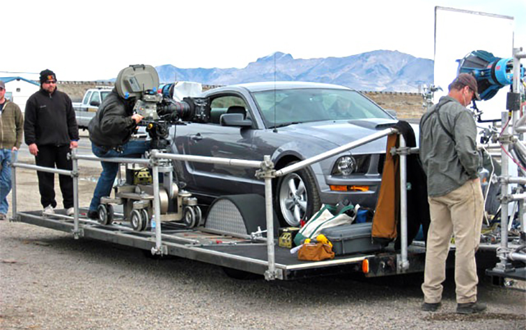 Camera Cars & Trailers - Process Trailer Moving Pics