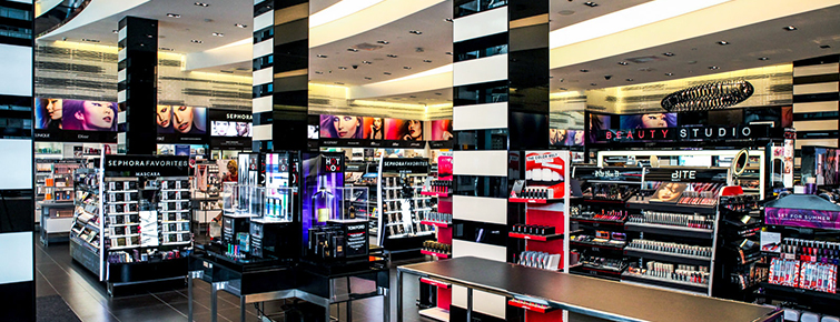 How to Apply Camera-Friendly Makeup for Men and Women: Sephora Store