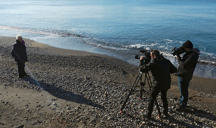 Guerrilla Shooting Locations: filming on the beach