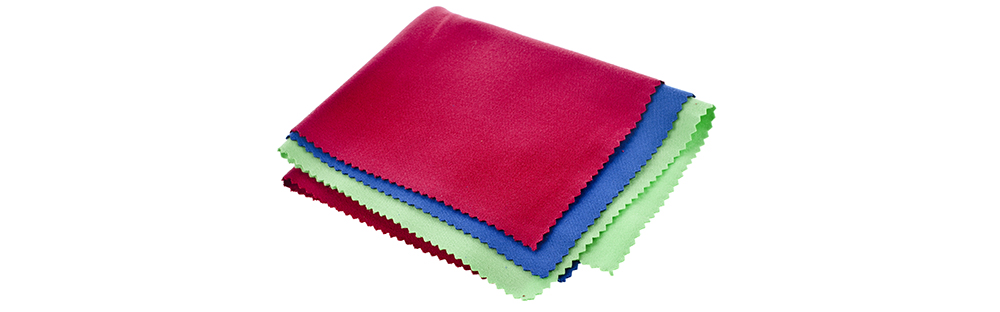 Lens Cleaning Tools: Microfiber Cloth