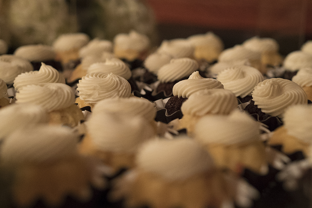 Another a7S II Test photo: Cupcakes!