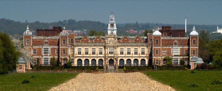Popular Hollywood Shooting Locations: Hatfield House