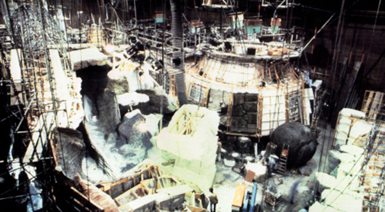 Deconstructing the Scene: Raiders of the Lost Ark - Raiders of the Lost Ark Set Elstree