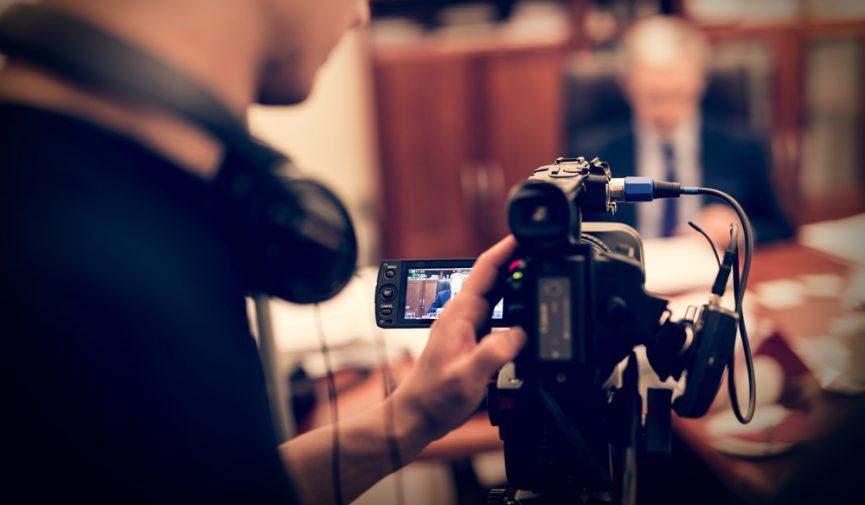 5 Ways to Transform Uninteresting Interview Locations