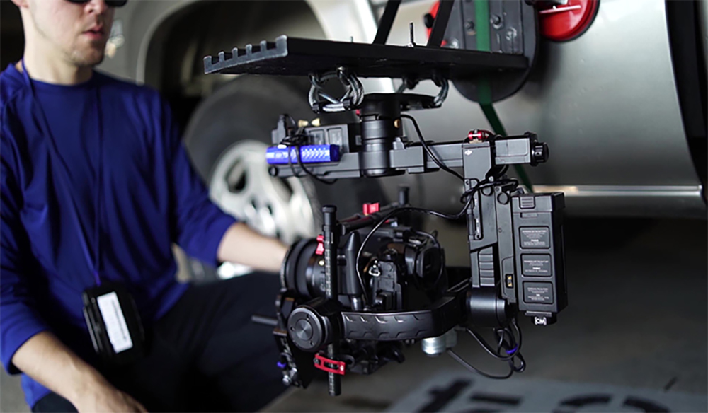 Video Tutorial: Build Your Own $50 Car-Side Camera Mount