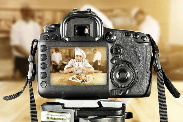 How to Approach Shooting Bar and Restaurant Promo Videos — Adding Talent