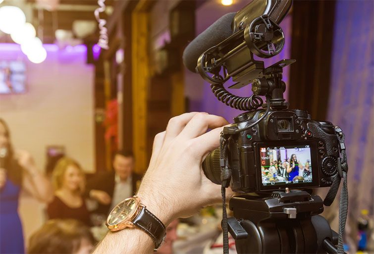 How to Approach Shooting Bar and Restaurant Promo Videos — Maximize Production