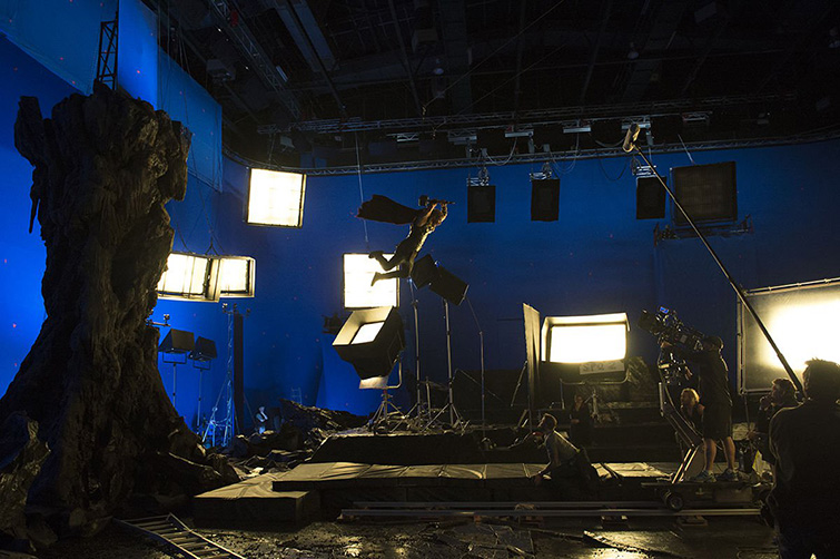 The Cameras and Lenses Behind the Marvel Cinematic Universe — Phase Three - Thor Ragnarok