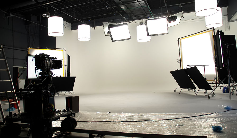Learn How to Create a Timeless Look on a White Cyclorama