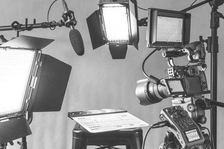 7 Ways to Stay Safe and Avoid Stress Injuries on Video Projects - Gear