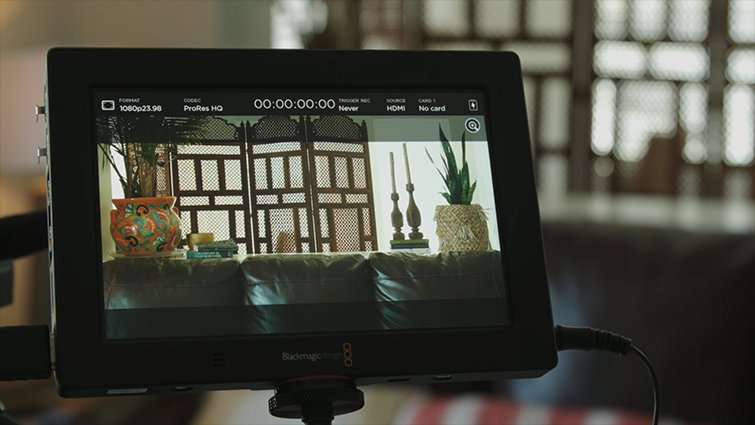 6 Lifesaving Hacks for Cropping Your Footage to a Wider Aspect Ratio — Blackmagic Video Assist Monitor