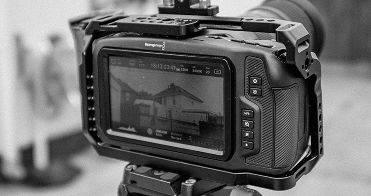 Hands-on with the Blackmagic Pocket Cinema Camera 6K - A Review - 6K Screen