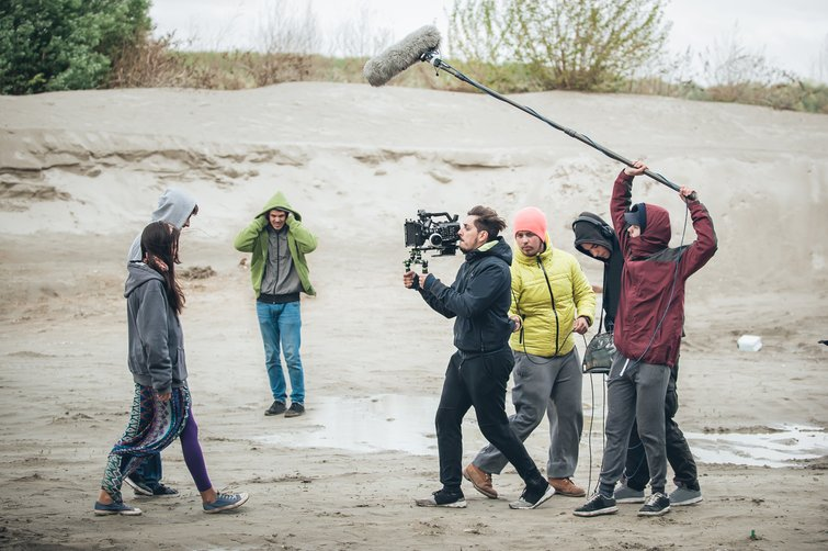 The 5 Biggest Issues When Shooting Low-Budget Short Films — Recording in Poor Conditions