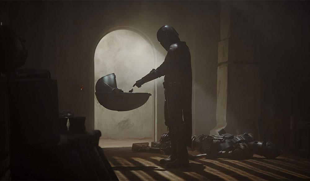 """How """"The Mandalorian"""" Got Feature Film Effects on a TV Budget"""