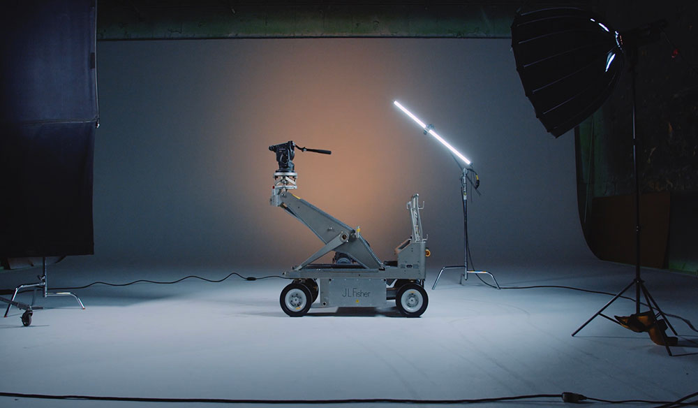 On Set: How to Operate the Fisher Model 10 Dolly