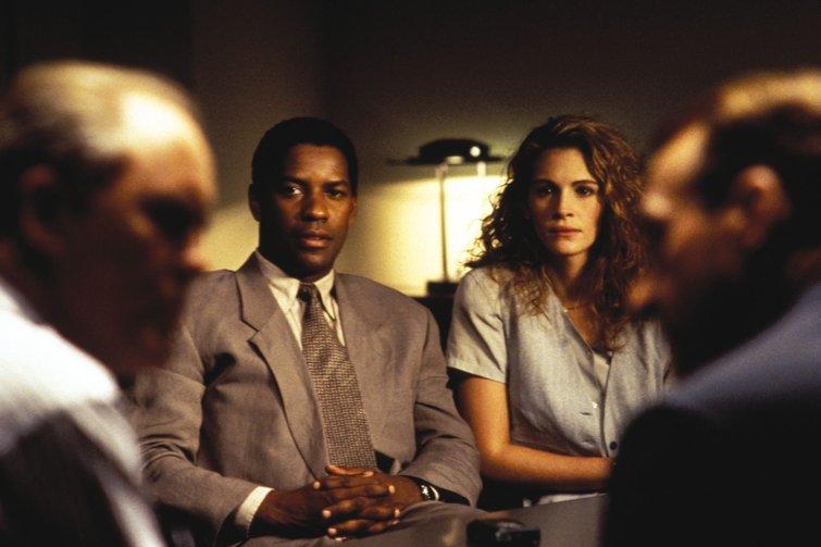 "Denzel Washington and Julia Roberts in ""The Pelican Brief"""