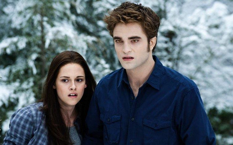 """Kristen Stewart and Robert Pattinson in """"Twilight"""""""