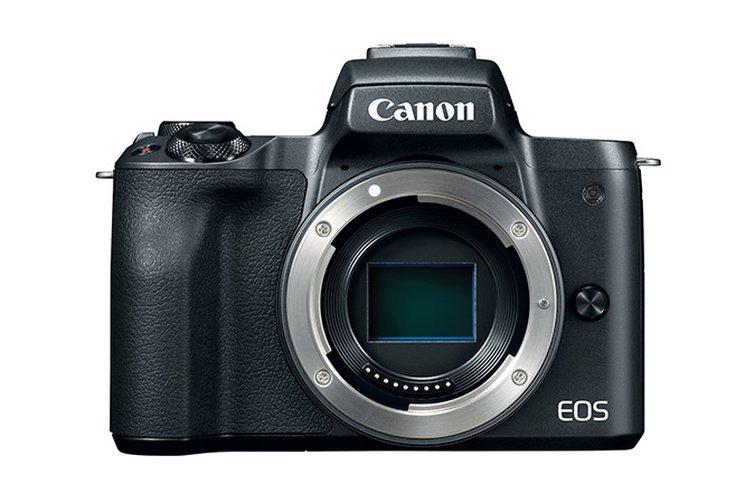 Mirrorless Camera (M50)