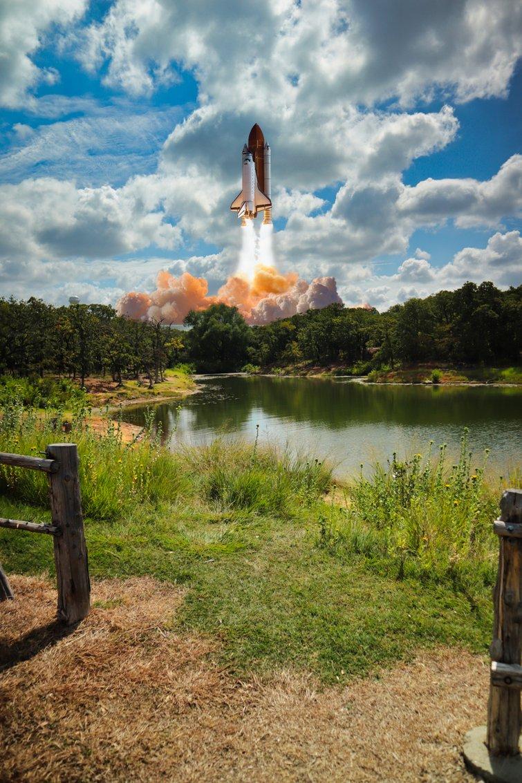 Fake Shuttle Launch Using AI