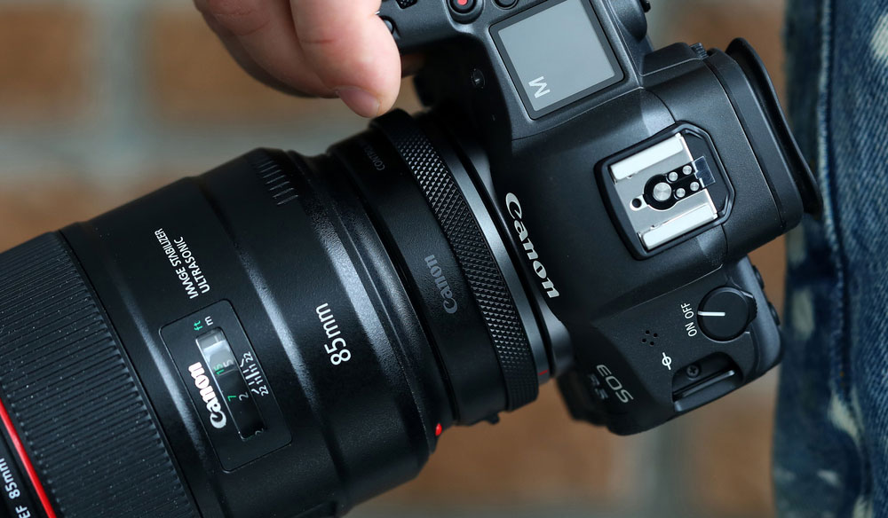Canon Announces Firmware Updates for High-End Cameras