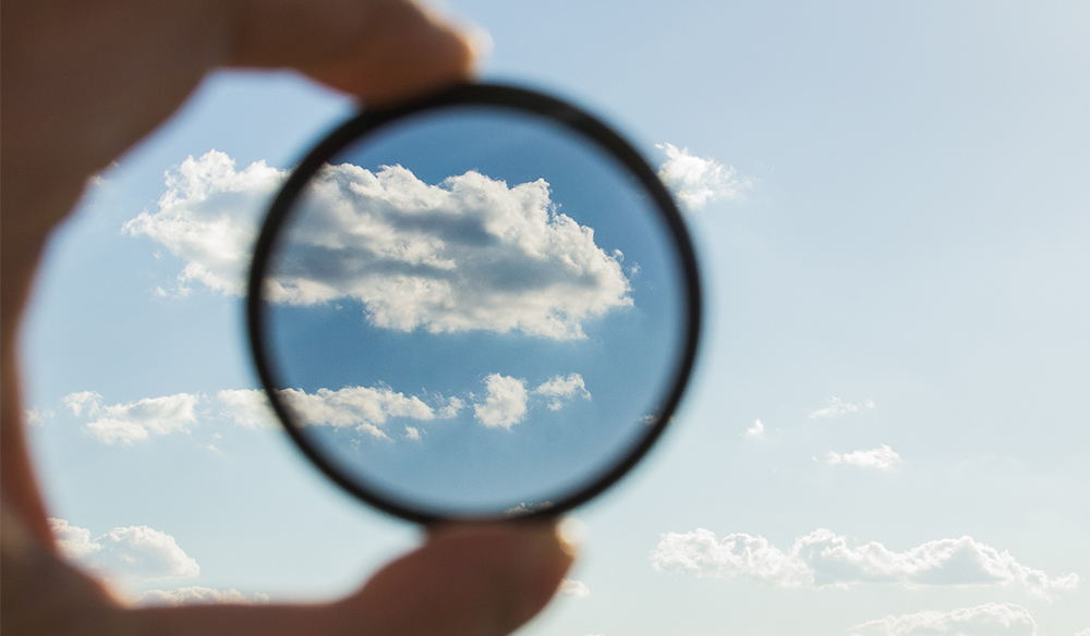 Does the Circular Polarizer Filter Cause Digital Noise?